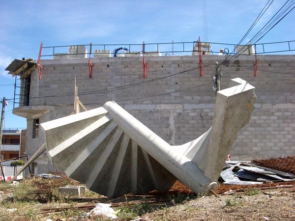 Montredon montre donc cent onze villages marseillais for Escalier prefabrique